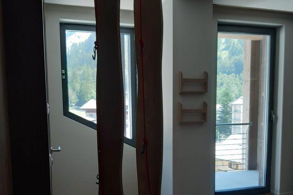 0002-serramenti-hotel-courmayeur-aosta-023553AABCA-573D-2DA8-D32A-6C342E9C127B.jpg