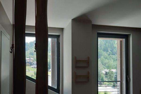 0002-serramenti-hotel-courmayeur-aosta-0259DD9BE9A-AC74-2AF5-87BD-8541BB8CE76C.jpg