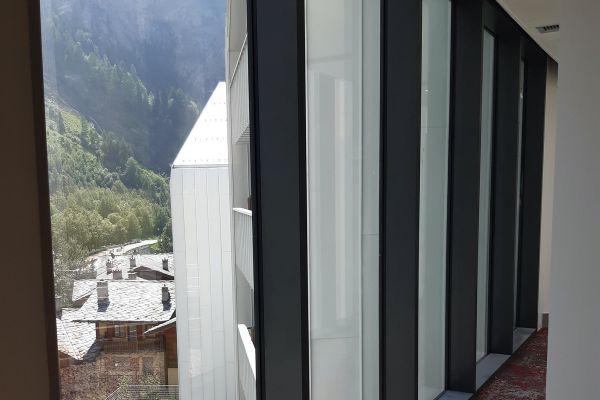 0002-serramenti-hotel-courmayeur-aosta-031A9E8E5FE-D736-D64A-5E34-683E617372D7.jpg