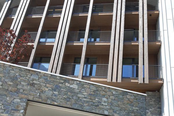 0002-serramenti-hotel-courmayeur-aosta-0597C3811BC-9A55-7845-8A0B-684671A3B410.jpg