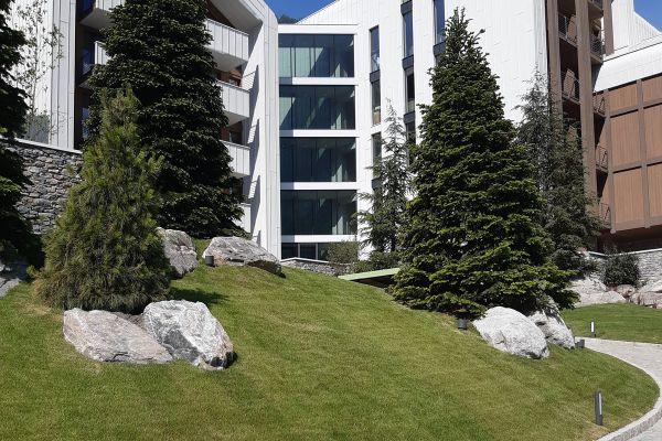0002-serramenti-hotel-courmayeur-aosta-066D14A1ED4-1268-3003-CF39-A4037988C4BA.jpg